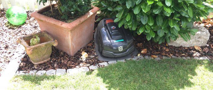 Wir sind Ihr Spezialist für automatische Rasenmäher – Robotermäher – Automower